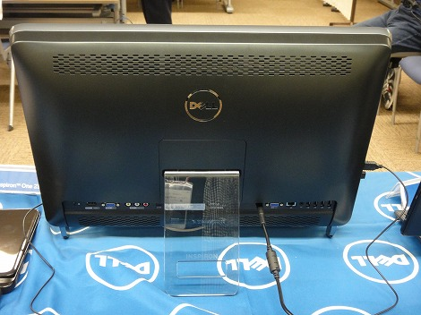 dell Inspiron One 2320背面部