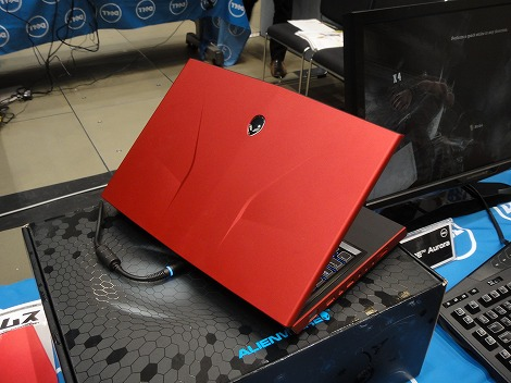 dell Alienware M14xレビュー