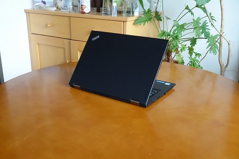 ThinkPad Yoga 260 レビュー